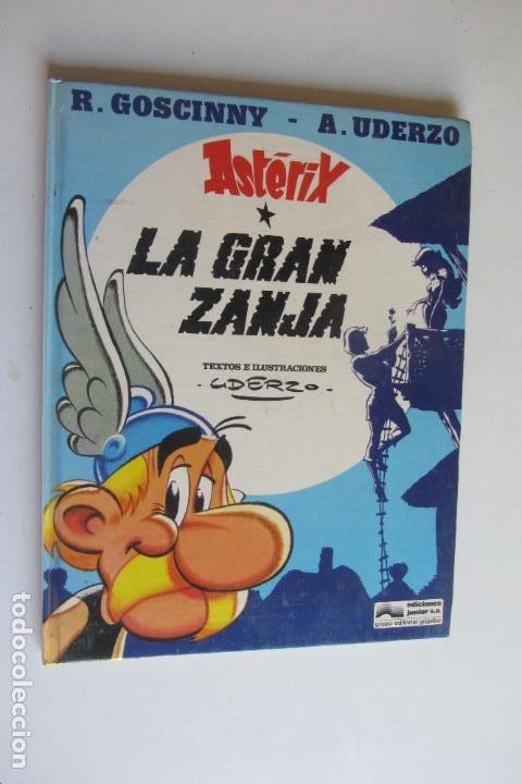 LA ASTÉRIX. LA GRAN ZANJA. R. GOSCINNY - A. UDERZO. EDITORIAL GRIJALBO ARX121 (Tebeos y Comics - Grijalbo - Asterix)