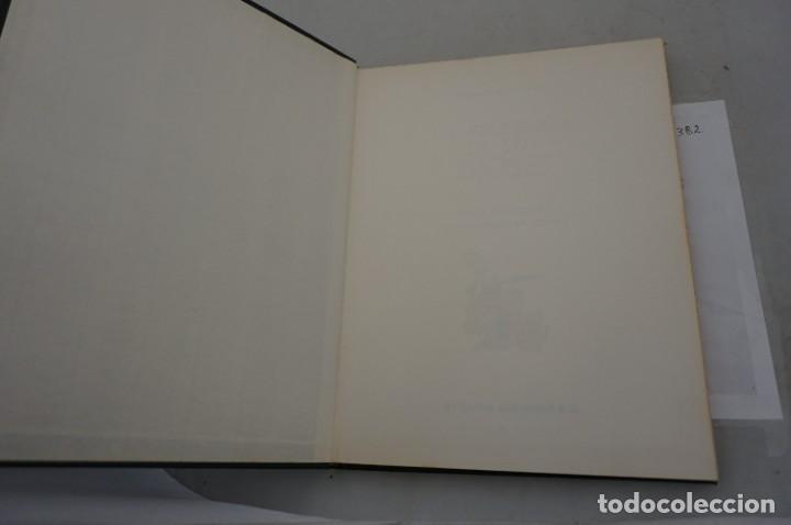 Cómics: TOMO 5 - LAS AVENTURAS DE ASTERIX - UDERZO / GOSCINNY - GRIJALBO - DARGAUD 1983 - Foto 3 - 284719928