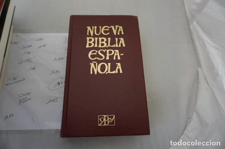 2F/ NUEVA BIBLIA ESPAÑOLA - L. ALONSO SCHOKEL, JUAN MATEOS / CRISTIANDAD (Tebeos y Comics - Grijalbo - Asterix)