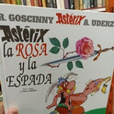 Fumetti: ASTÉRIX. LA ROSA Y LA ESPADA. Lote 284745548