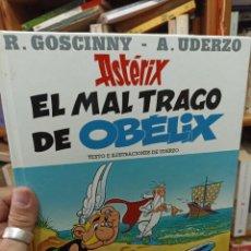 Fumetti: ASTÉRIX. EL MAL TRAGO DE OBELIX. Lote 284745643