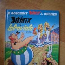 Cómics: ASTERIX Y LA TRAVIATA UDERZO Y GOSCINNY CÍRCULO DE LECTORES. Lote 289729603