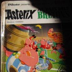 Cómics: ASTERIX AL PAIS DELS BRETONS . EDICIÓN CATALANA AÑO 1970. Lote 293357523