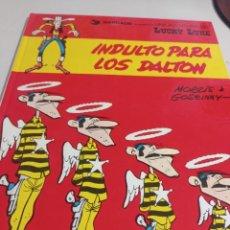 Cómics: LUCKY LUKE Nº 13. INDULTO PARA LOS DALTON. MORRIS & GOSCINNY. GRIJALBO DARGAUD 1980. REF. UR MES. Lote 293490443