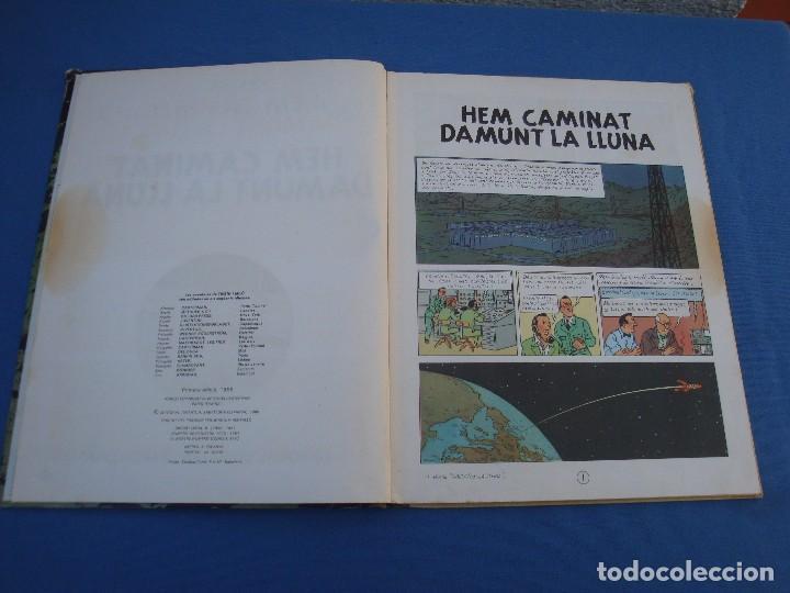 Cómics: TINTIN - HEM CAMINAT DAMUNT LA LLUNA - EN CATALÀ- 1ª EDICIÓ 1968 - Foto 2 - 100241063