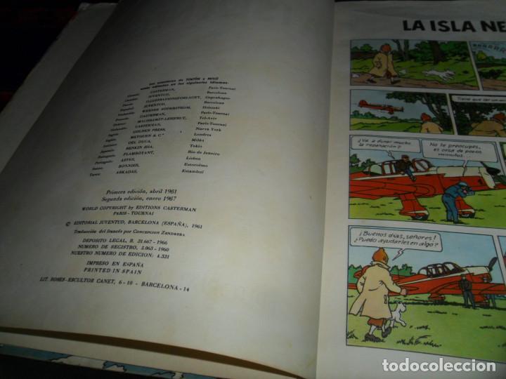Cómics: TINTIN LA ISLA NEGRA 2ª SEGUNDA EDICIÓN 1ª PRIMERA EDICIÓN REVISADA. JUVENTUD 1967. - Foto 4 - 138581070