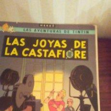 Cómics: EJEMPLAR DE TINTIN ,AÑOS 80,TAPA SEMIDURA. Lote 173099993