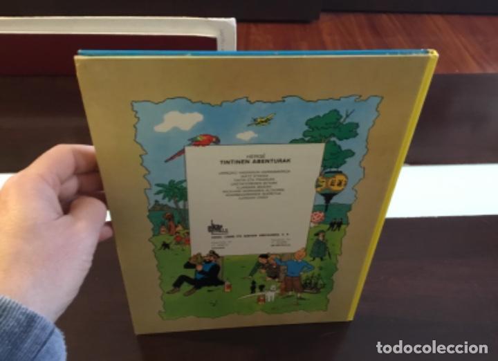 Cómics: Tintin urrezko hagindun karramarro buenisimo estado en euzkera - Foto 4 - 189992992