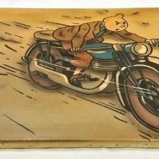 Cómics: CUADRO PINTURA FIRMADA DE TINTÍN MOTORISTA. - ENVÍO GRATIS PENÍNSULA. Lote 188655861