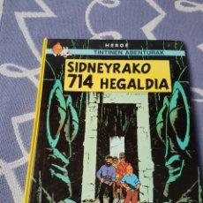 Cómics: COMICS TINTÍN EUSKERA, SIDNEYRAKO 714 HEGALDIA (ELKAR). Lote 192979215