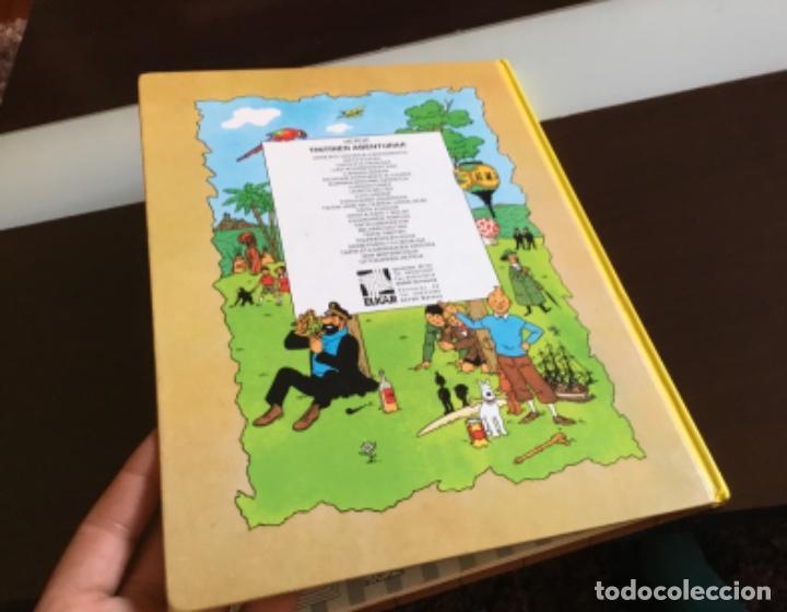 Cómics: Tintin ottokarren zetroa buenisimo estado en euzkera - Foto 17 - 195081940