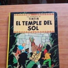 Cómics: TINTIN EL TEMPLE DEL SOL EDICION EN CATALAN. Lote 198892791