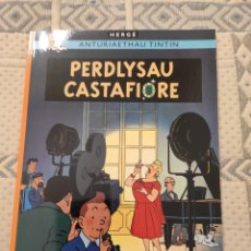 Cómics: TINTIN IDIOMAS - GALÉS - JOYAS DE CASTAFIORE / PERDLYSAU CASTAFIORE. Lote 270166323