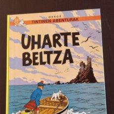 Cómics: *COMO NUEVO* (TAPA DURA) TINTINEN ABENTURAK PRIMERA EDICION EUSKERA 'UHARTE BELTZA' _ ELKAR 1986 _. Lote 207076512