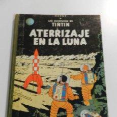Cómics: TINTIN - ATERRIZAJE EN LA LUNA - EDITORIAL JUVENTUD 1967 - LOMO TELA - FIRME PERO ALGO MOTEADO. Lote 207684982