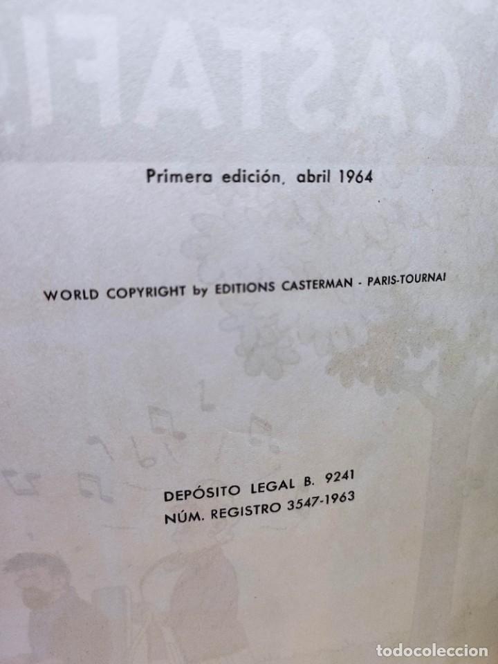 Cómics: TINTIN. LAS JOYAS DE LA CASTAFIORE. PRIMERA edicion 1964. lomo de tela. - Foto 4 - 216904430