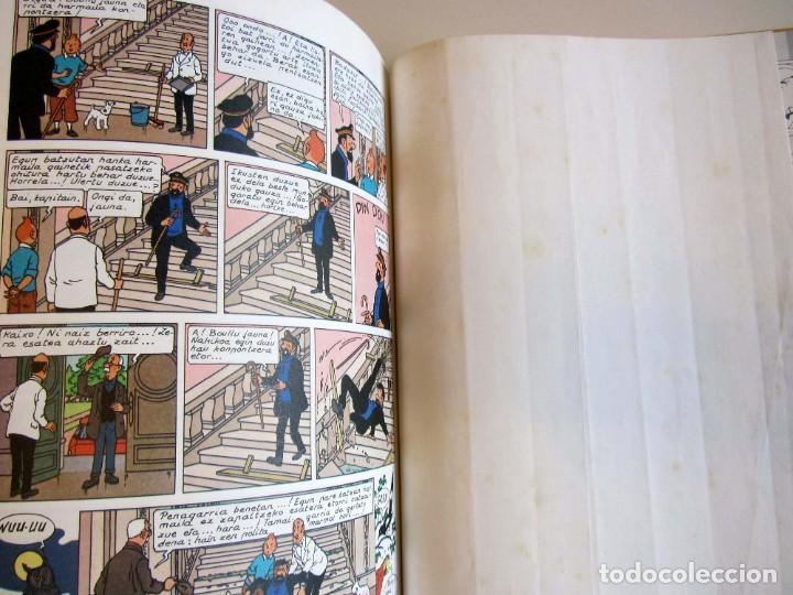 Cómics: Castafioreren bitxiak. Tintinen abenturak. Hergé Segunda edición 1988 Tintin en euskera vasco. Elkar - Foto 10 - 220073071