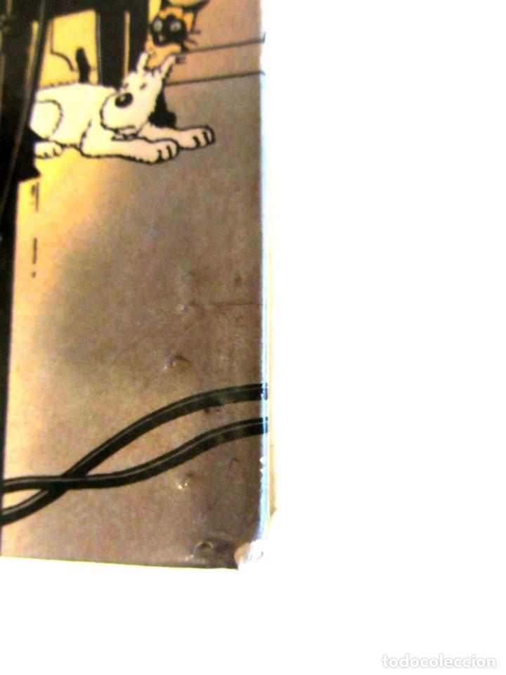 Cómics: Castafioreren bitxiak. Tintinen abenturak. Hergé Segunda edición 1988 Tintin en euskera vasco. Elkar - Foto 18 - 220073071