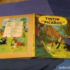 Comics : TINTIN Y LOS PICAROS 1976 SELLO DE TINTA EN PAGINA DE CORTESIA A REPEGAR PIQUITO DEL LOMO. Lote 221383212