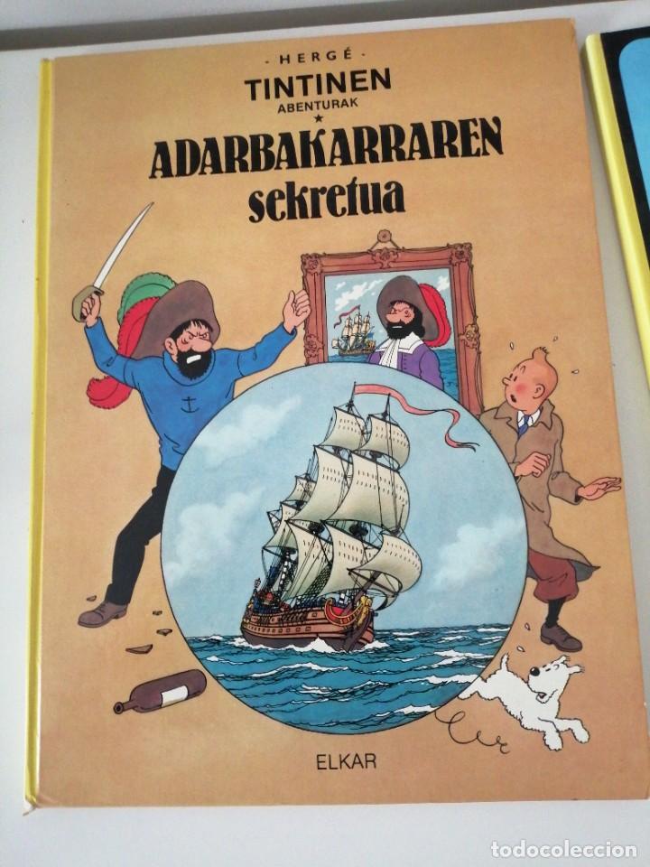 ADARBAKARRAREN SEKRETUA MARRAZOEN AINTZIRA ILARGIAN OINEZ BIDEAN TINTIN ABENTURAK EUSKERA VASCO (Tebeos y Comics - Juventud - Tintín)
