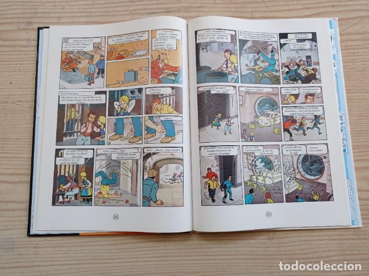 Cómics: Tintin Y El Lago De Los Tiburones - 2000 - Juventud - Tapa Dura - Foto 3 - 289587813