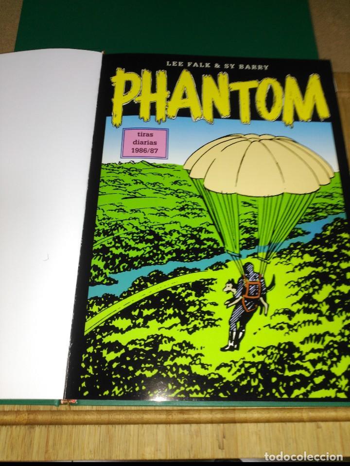 Cómics: Phantom El Hombre enmascarado TOMO Nª5 con 3 cómics de Tiras diarias 1986 a1989 - Foto 2 - 132159458
