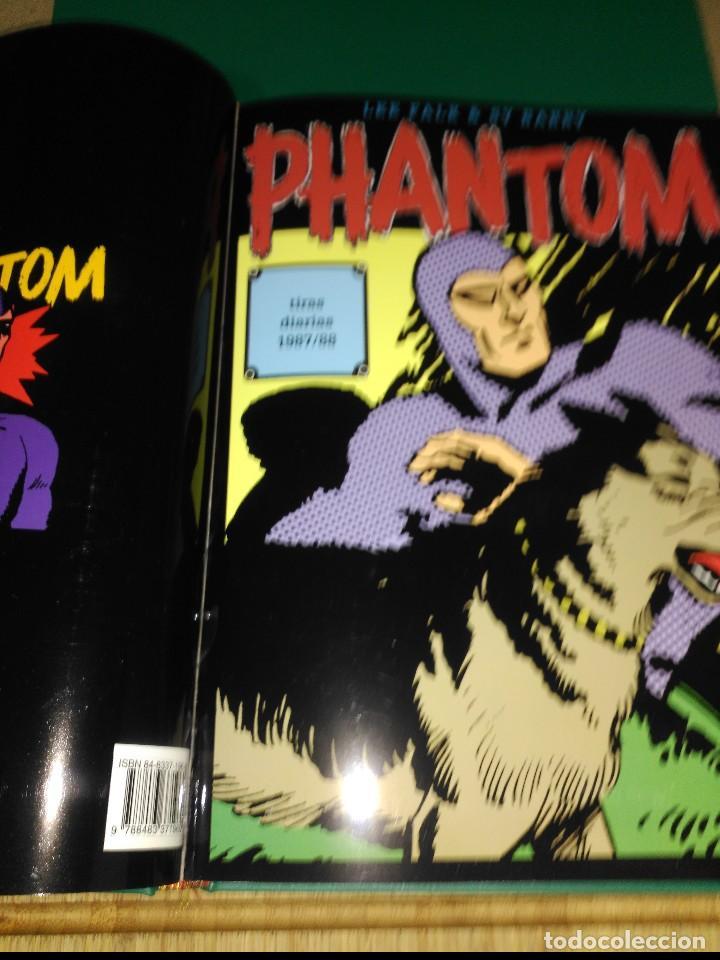 Cómics: Phantom El Hombre enmascarado TOMO Nª5 con 3 cómics de Tiras diarias 1986 a1989 - Foto 3 - 132159458
