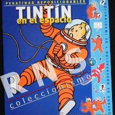 Cómics: TINTÍN EN EL ESPACIO CUADERNO JUEGO PEGATINAS REPOSICIONABLES PERSONAJE DE CÓMIC DE HERGÉ NUEVO. Lote 35442606