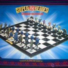 Cómics: AJEDREZ CHESS SCHACH SUPER HÉROES DC. AÑO 2000. BATMAN JOKER. MUY BUEN ESTADO Y RARO. LUJOSO.. Lote 46443359