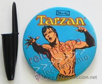 ANTIGUA CHAPA CON IMPERDIBLE - TARZÁN - PANRICO - PERSONAJE DE CINE Y DE CÓMIC - GRANDE - NO ES PIN (Tebeos y Comics - Comics Merchandising)