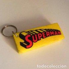 Cómics: LLAVERO - SUPERMAN - NOMBRE DE SUPERHÉROE DE CINE Y CÓMIC - MÁS COSAS DE ÉL EN VENTA. Lote 113147559