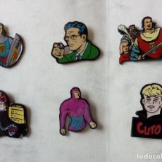 Cómics: PINS PERSONAJES DEL COMIC: FLASH GORDON, CUTO, TARZÁN, RIP KIRBY, QUIJOTE. Lote 175120018