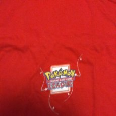 Cómics: CAMISETA NUEVA POKÉMON TALLA XL 70 CM LARGO CAMPEONATO OFICIAL TRADING CARD GAME LEAGUE. Lote 142624801