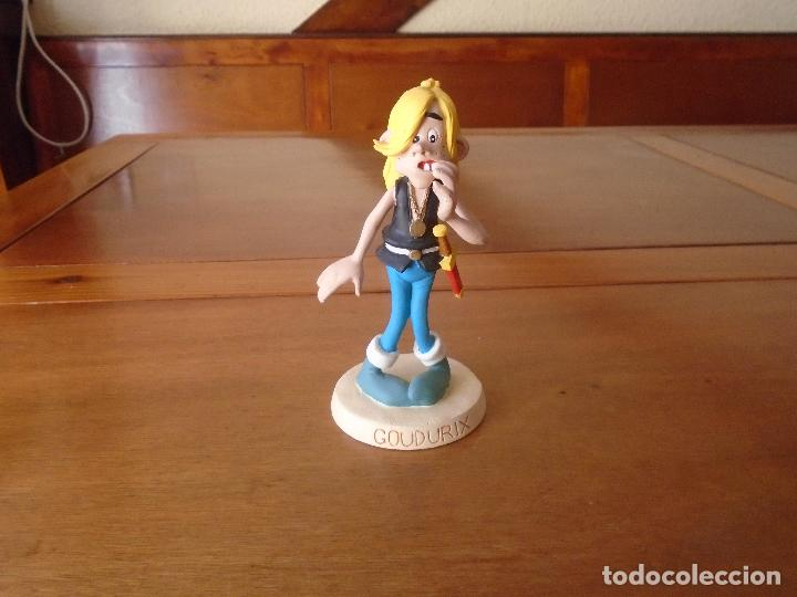 FIGURA DE LA SERIE ASTERIX EN RESINA: GOUDURIX (ASTERIX Y LOS NORMANDOS) PLASTOY COLLECTOYS (Tebeos y Comics - Comics Merchandising)
