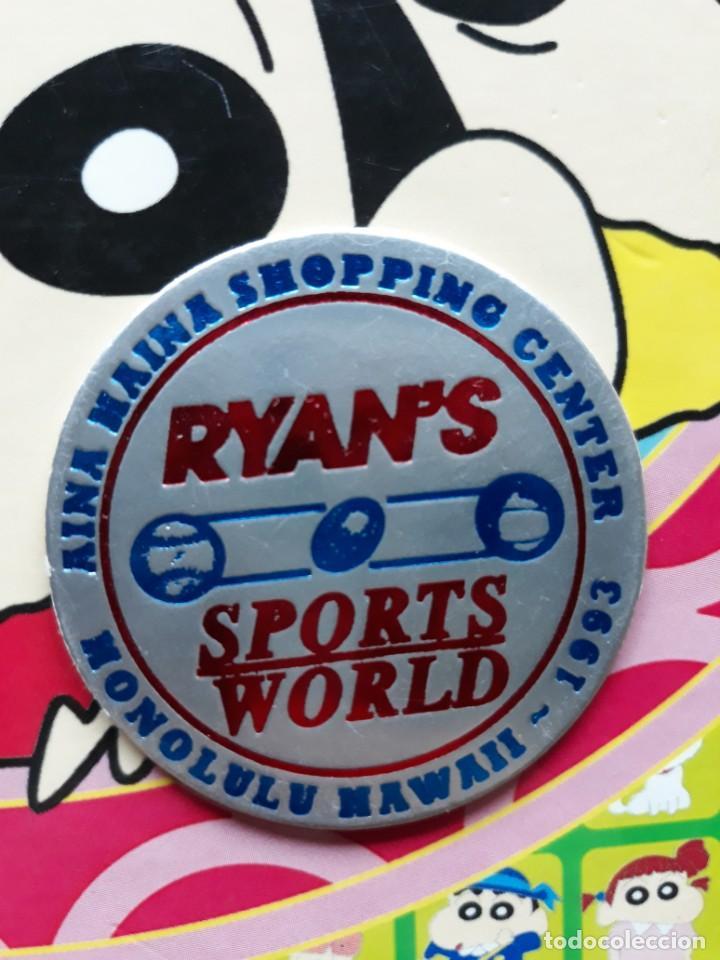 TAZO CAP POG HONOLULU HAWAI 1993 RYANS SPORT WORLD AINA HAINA SHOPPING CENTER (Tebeos y Comics - Comics Merchandising)