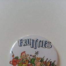 Cómics: CHAPA DE LOS FRUITTIS - IMAN DE 58 MM. Lote 160776830