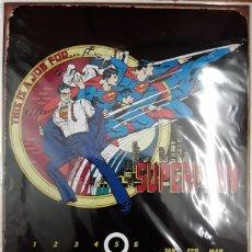 Cómics: CALENDARIO PERPETUO METÁLICO. SUPERMAN CLARK KENT. Lote 177765204