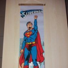 Cómics: ANTIGUO CARTEL, BANDERÍN DE TELA Y MADERA; SUPERMAN - AÑOS 70 - NUEVO¡¡. Lote 178444643