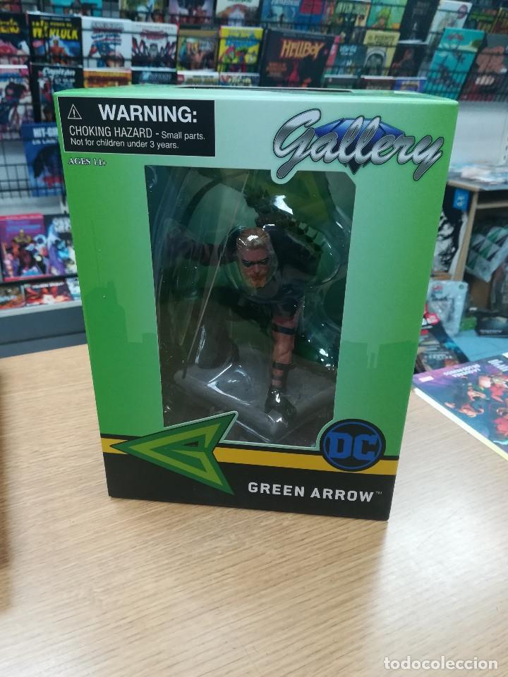 GREEN ARROW PVC DIORAMA ESTATUA 20 CM DC COMIC GALLERY (Tebeos y Comics - Comics Merchandising)