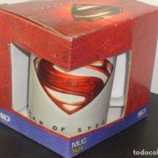Cómics: TAZA DC SUPERMAN LOGO CAJA MAGULLADA. Lote 195514313