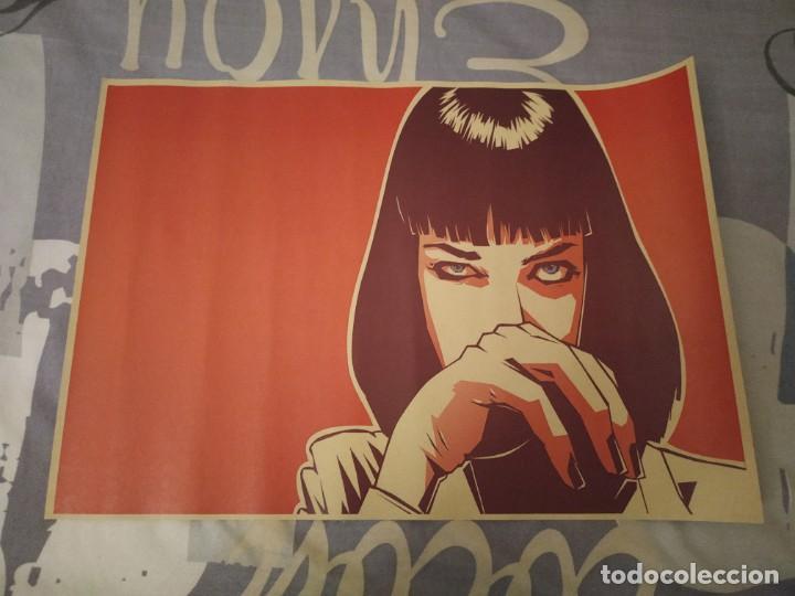 POSTER PULP FICTION ELABORADO CON PAPEL-CARTÓN Y TINTA DE ALTA CALIDAD (Tebeos y Comics - Comics Merchandising)