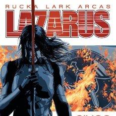 Cómics: CÓMICS. LAZARUS 5. SACRIFICIO - GREG RUCKA/MICHAEL LARK/SANTIAGO ARCAS. Lote 192472663
