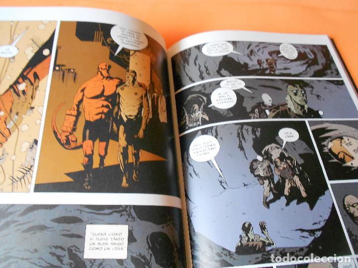 Cómics: AIDP & ZOMBIE WORLD. MIKE MIGNOLA Y OTROS. DOS VOLUMENES IMPECABLES . RUSTICA. - Foto 6 - 110310275