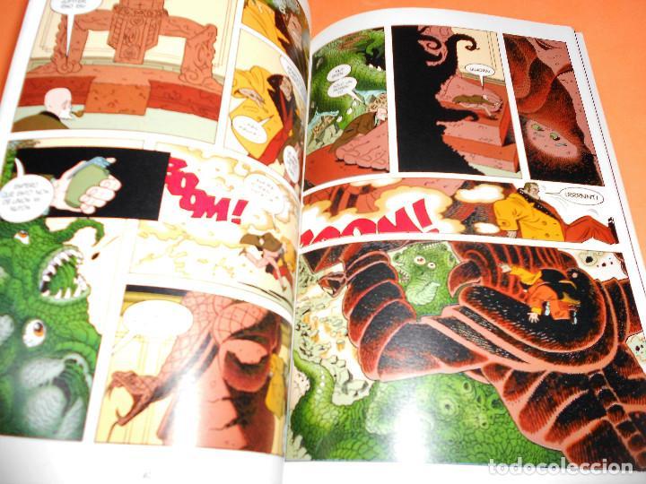 Cómics: AIDP & ZOMBIE WORLD. MIKE MIGNOLA Y OTROS. DOS VOLUMENES IMPECABLES . RUSTICA. - Foto 9 - 110310275