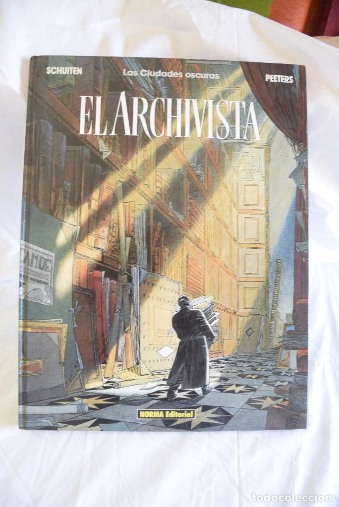 LAS CIUDADES OSCURAS. EL ARCHIVISTA. SCHUITEN & PEETERS. (40X30CM) (Tebeos y Comics - Norma - Comic Europeo)