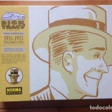 Cómics: DICK TRACY DE CHESTER GOULD TIRAS COMPLETAS 1931 - 1933 - NORMA EDITORIAL TAPA DURA. Lote 121913595