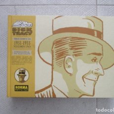 Cómics: DICK TRACY 600 TIRAS COMPLETAS 1931 - 1933 VOLUMEN 1 CHESTER GOULD TAPA DURA NORMA EDITORIAL. Lote 125420255
