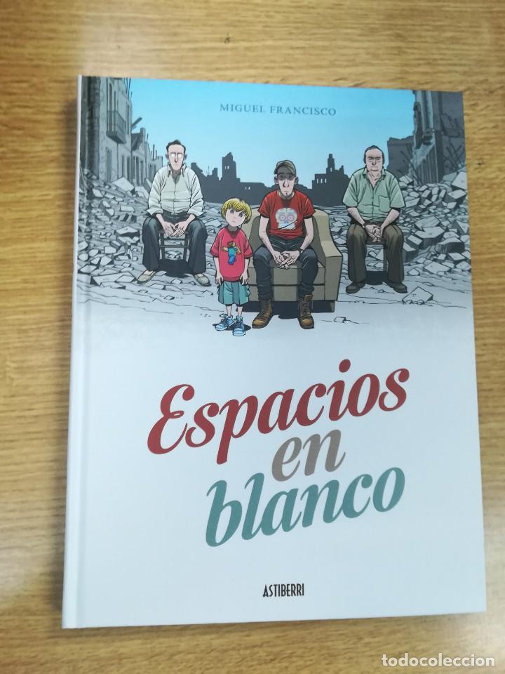 ESPACIOS EN BLANCO (MIGUEL FRANCISCO) (ASTIBERRI) (Tebeos y Comics - Norma - Comic Europeo)