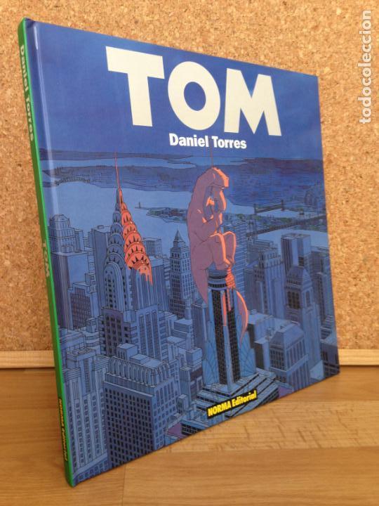 TOM - DANIEL TORRES - TAPA DURA - NORMA - MUY BUEN ESTADO - GCH (Tebeos y Comics - Norma - Comic Europeo)