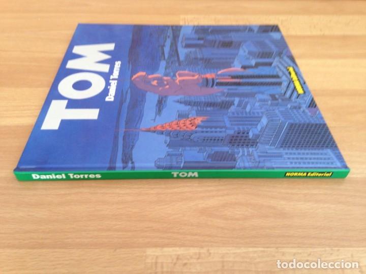 Cómics: TOM - DANIEL TORRES - TAPA DURA - NORMA - MUY BUEN ESTADO - GCH - Foto 3 - 159483554